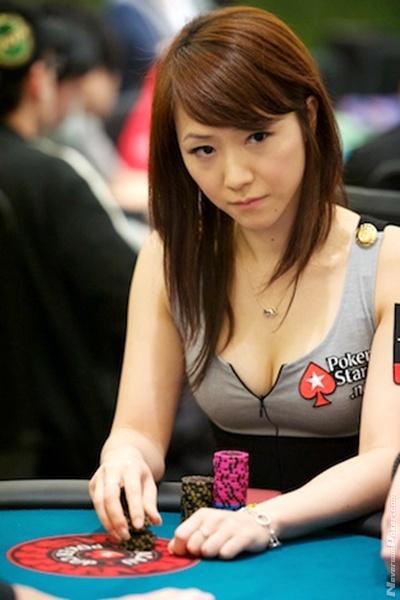 Playing poker in china windsor caesars poker